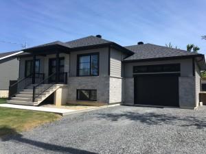 Maison neuve modern/rustique - Finition extérieur - Drummondville